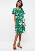 Cherry Melon - Maternity V-neck smocked dress - multi