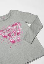 GUESS - Teens long sleeve scattered petals tri tee - grey