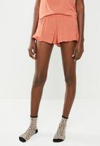 Superbalist - Frill sleep shorts - peach
