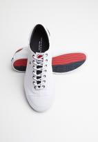 Tommy Hilfiger - Stripe back sneakers - white