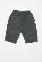 POP CANDY - Camo print shorts - charcoal