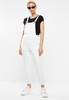 Missguided - Front pocket dungaree - white