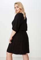 Cotton On - Curve gathered waist woven dress  - black