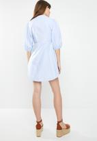 STYLE REPUBLIC - Volume sleeve front button dress - blue
