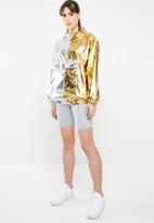 Nike - Nike JKT metallic jacket - silver & gold