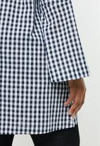 STYLE REPUBLIC PLUS - Easy fit check tunic - navy & white