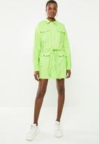Missguided - Utility shift dress - green