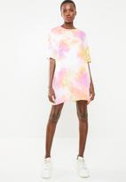 Missguided - Tie dye T-shirt dress - multi