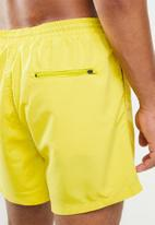 Only & Sons - Tan nt 2470 swimshorts - yellow