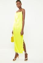 Missguided - Satin lace side split midaxi dress - yellow