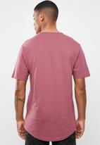 Only & Sons - Eagles short sleeve curved tee - burgundy