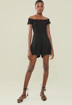 Superbalist - Off the shoulder shirred playsuit - black