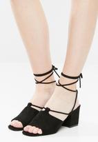 Public Desire - Heidi block heel - black