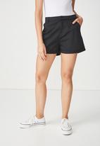 Cotton On - Cuffed chino shorts  - black