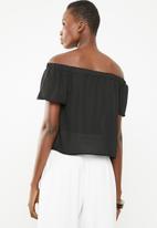 Superbalist - Off the shoulder wrap front top - black