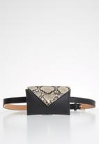 BLACKCHERRY - Snake print faux leather belt pocket waist bag - multi