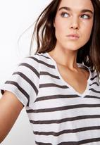 Cotton On - The deep V-tee  - grey & white