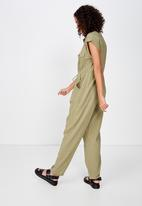 Cotton On - Woven Isabella utility jumpsuit  - green