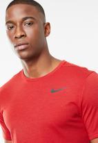 Nike - Nk brt short sleeve top - red