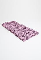 Vero Moda - Leomatic long scarf - pink & black