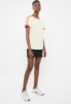 adidas Originals - 3 Adidas stripe tee - orange & cream