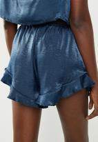Missguided - Satin tie shoulder cami short pyjama set - navy