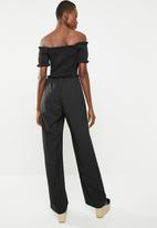 Missguided - Shirred horn button bardot jumpsuit - black
