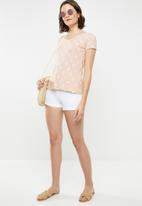 Lizzy - Beulah tee - pink & yellow