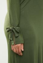 edit Plus - Tie sleeve dress - khaki