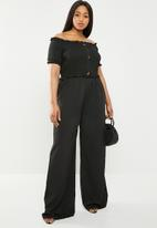 Missguided - Curve bardot shirred jumpsuit - black