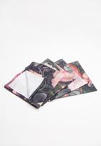 Hertex Fabrics - Francine napkins - moody