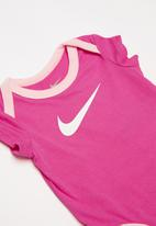 Nike - Nkb short sleeve 3 pack bodysuit set - pink & white