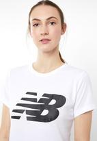 New Balance  - Core flying NB logo tee - white