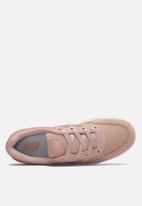 New Balance  - Wrt300h2 - classic court - pink