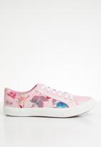 Miss Black - Faux leather floral print flatform sneaker - pink