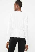 Sissy Boy - Knot now blouse - white