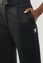 adidas Originals - Danielle cathari x adidas originals trousers - black