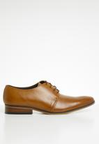 Superbalist - Zayn leather derby - tan
