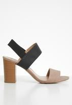 Call It Spring - Rogidae heel - black & neutral
