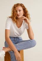 MANGO - V-neck essential T-shirt - white