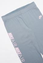 Nike - Nkg g nsw tight favorites air - grey