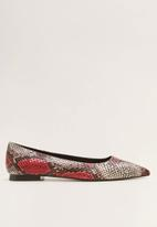 MANGO - Faux leather snakeskin pump - red
