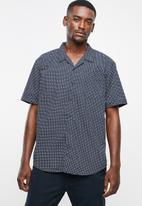 STYLE REPUBLIC - Afro geo bowler shirt - navy