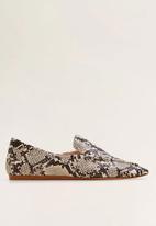 MANGO - Snakeskin faux leather loafer - beige & brown
