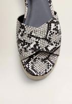 MANGO - Snakeskin faux leather platform heel - multi