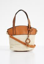 STYLE REPUBLIC - Two-tone woven shoulder bag - beige & tan