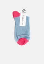 Hysteria - Emma ankle socks - blue & pink