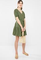 Cotton On - Woven ava puff sleeve tea dress - khaki