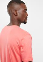 Brave Soul - Harrele longer length tee - pink