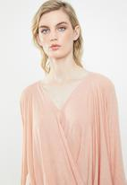 Vero Moda - Mandy wrapover top - pink